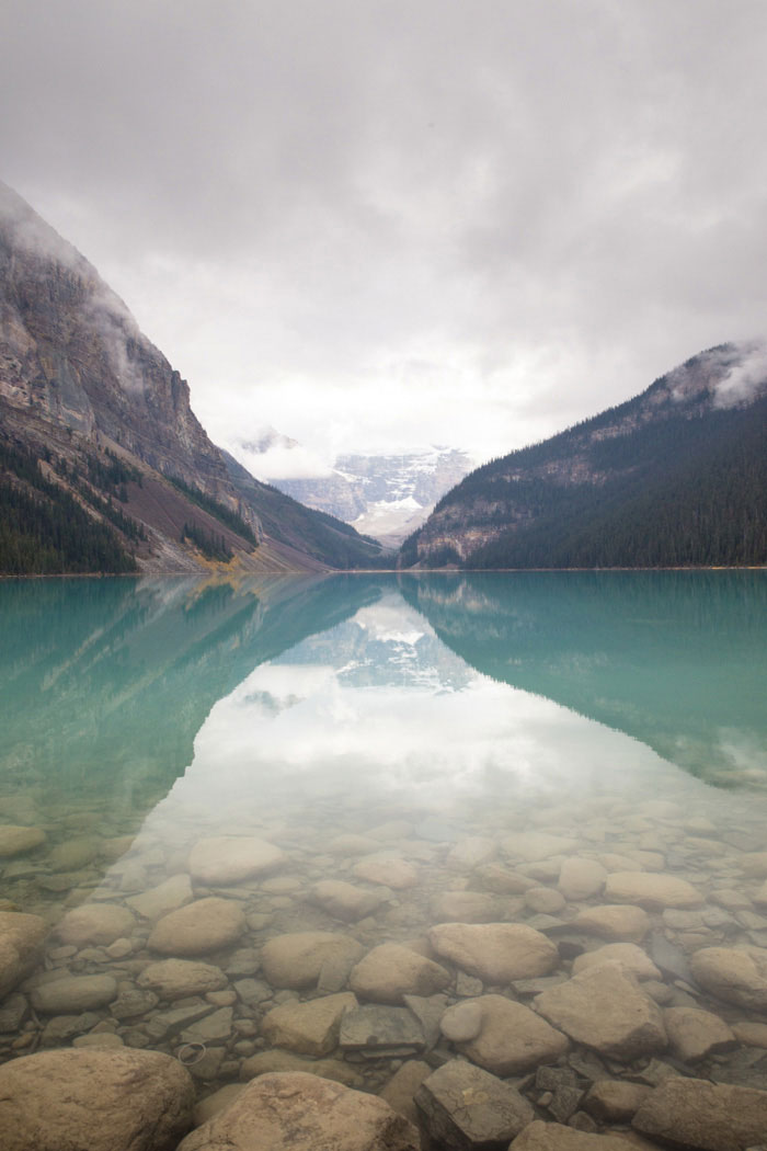 lake-louise-national-park-elopement-junyar-aaron-58