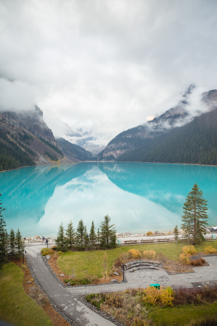 lake-louise-national-park-elopement-junyar-aaron-74